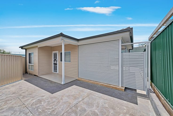 Granny Flat in 3 Anthony Street Blacktown